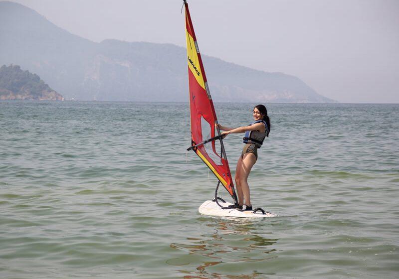 Rüzgar Sörfü4 (1)